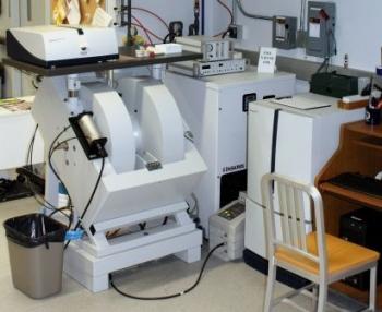 Bruker EMXplus EPR Spectrometer