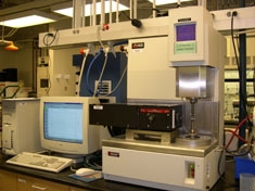 Rheometer with oven